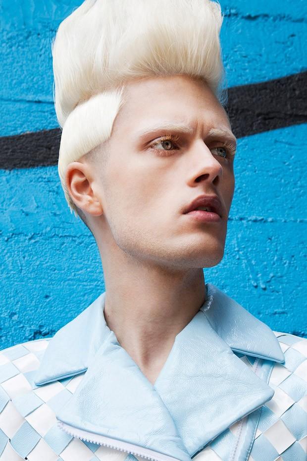 Model: Przemek Dunayev Photographer: Bartek Jablonski Hair: Christian Lange - Przemek-Dunayev-Bartek-Jablonski-04-620x930